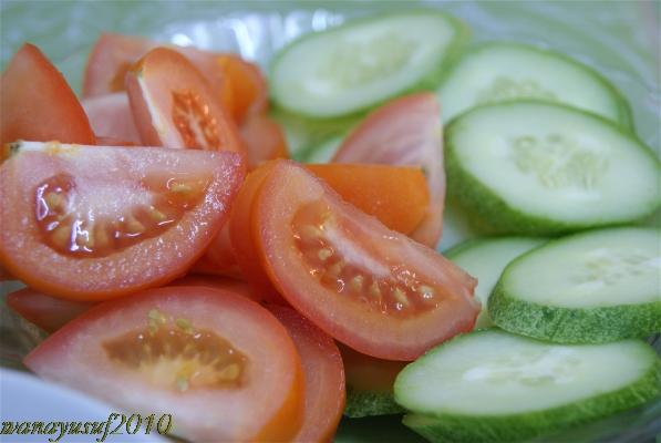 """Fresh tomato & cucumber"""